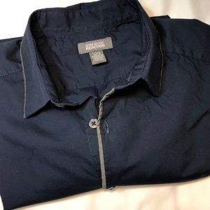 3/$20💥Kenneth Cole Reaction navy w/ grey…